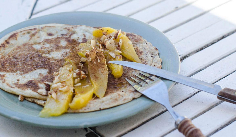 Pancakes mangues et amandes croustillantes