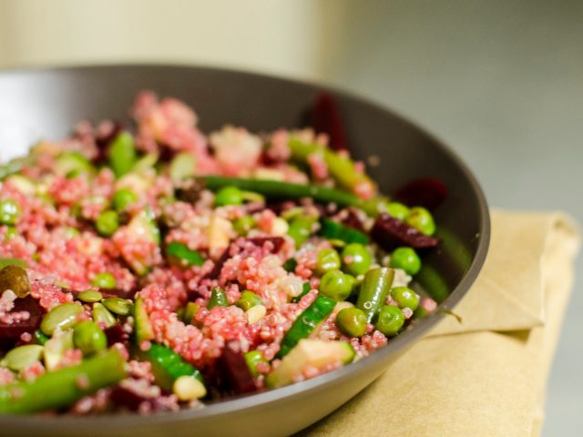Salade de quinoa betterave et petit pois