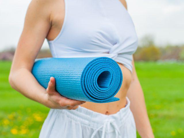 Guide des accessoires utiles à la pratique du Yoga